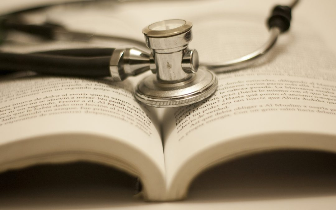 Quel est le rôle du CNG dans la carrière hospitalière du médecin ?