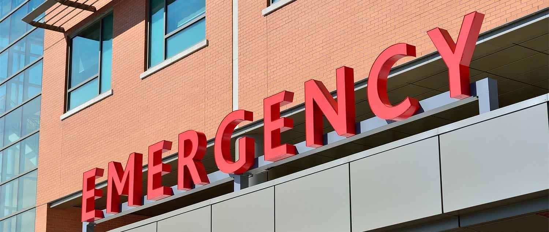 Les gériatre exercent généralement dans des hôpitaux ou des cliniques privées